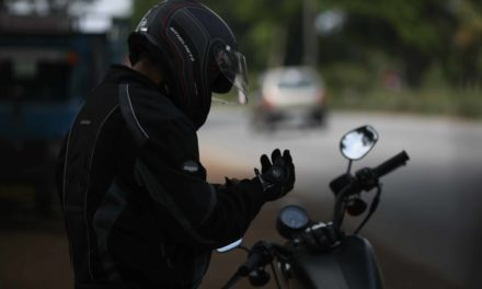 Top 9 affordable riding gloves for Indian bikers.