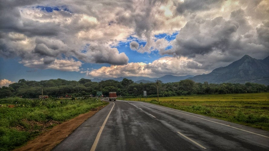 kerala roads on a cloudy day